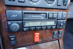 MB SL280 Cabrio Aut 29JTNG 024 1600