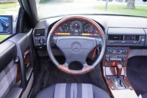 MB SL280 Cabrio Aut 29JTNG 029 1600